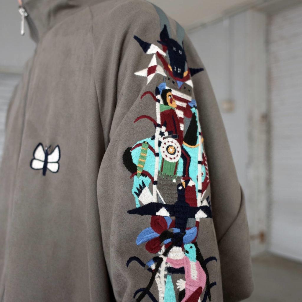 民族的カオス刺繍。ノベルティ情報も。doublet
