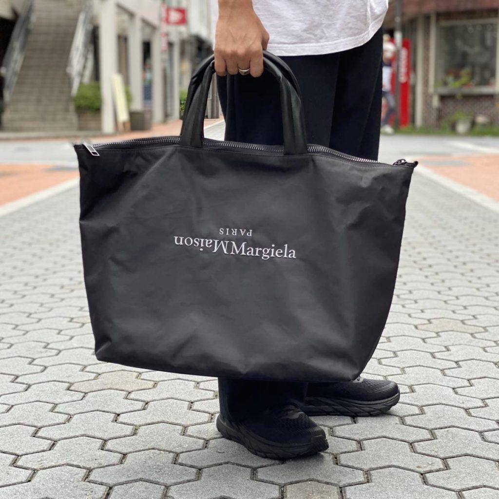 重厚感のあるトートバッグ。Maison Margiela