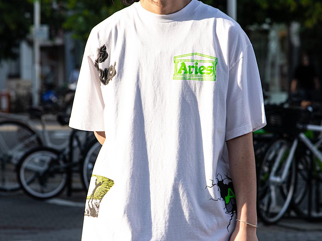 グラフィックが特徴的なAries(アリーズ)のTシャツ