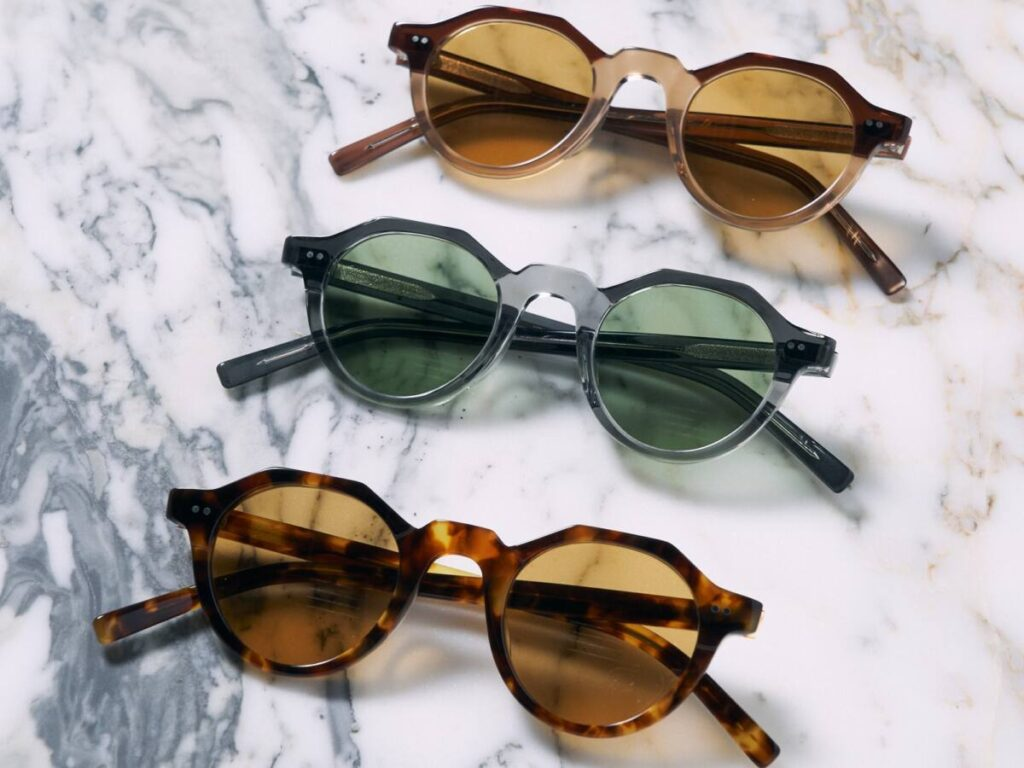 Side Effects Eye Products から新型の眼鏡が発売